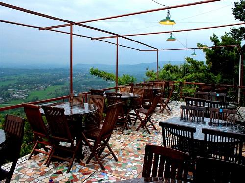 45 Tempat Makan Di Jogja Restoran Paling Enak Unik Murah Meriah Wajib Dikunjungi Jejakpiknik Com