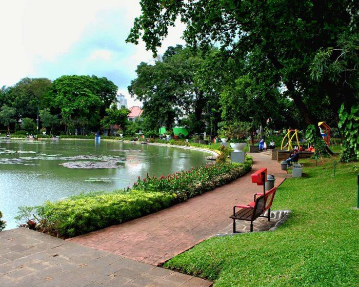 10 Foto Taman Situ Lembang Menteng Jakarta Pusat Malam Hari Lokasi Alamat |  JejakPiknik.Com