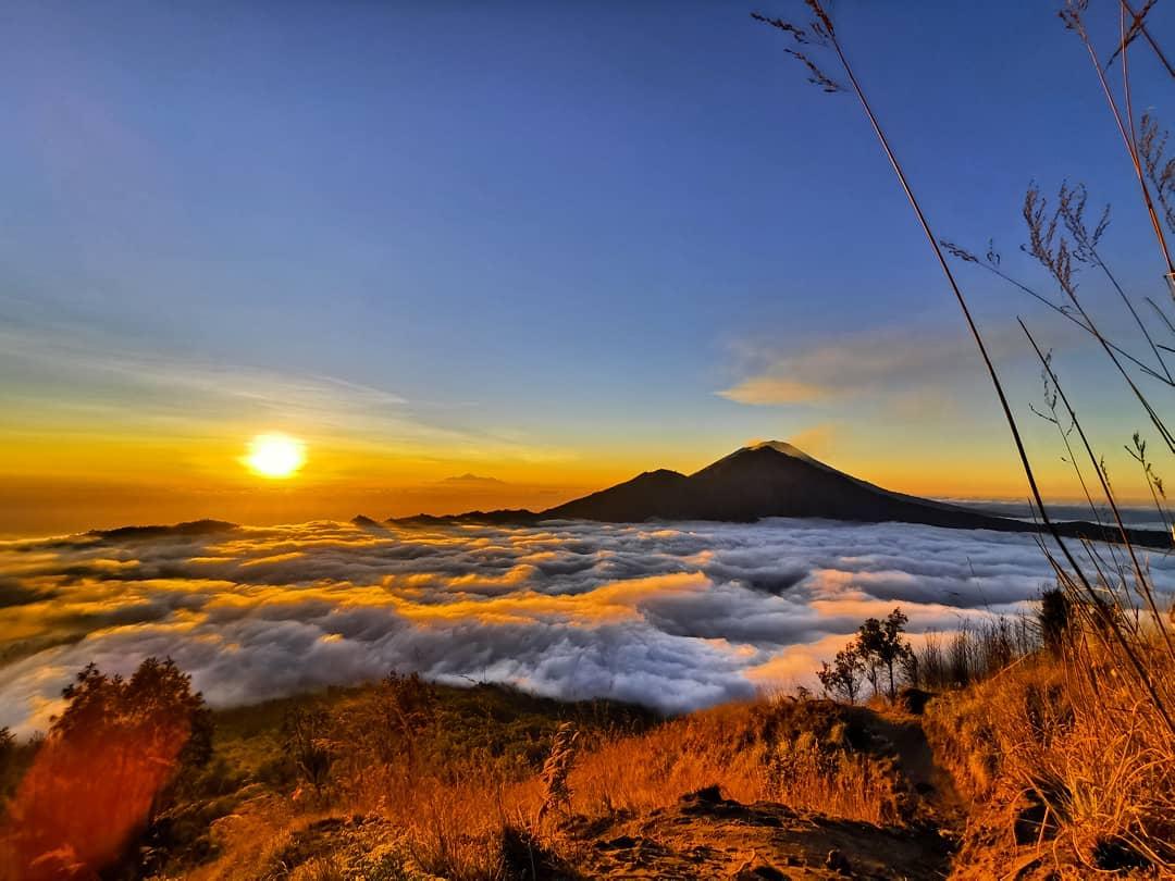 10 Gambar Gunung Batur Bali, Wisata Kintamani Mendaki Sejarah Meletus Letak  Lokasi Sunrise   JejakPiknik.Com