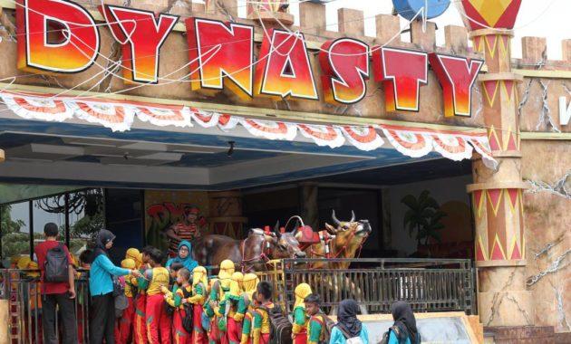 Dynasty water world gresik waterworld gkb kabupaten jawa harga timur gambar alamat masuk tiket letak lokasi wahana wisata