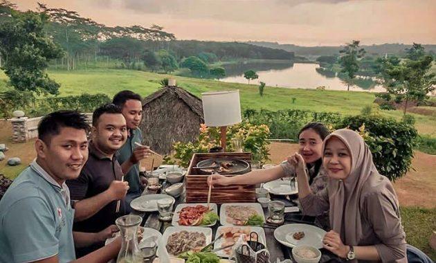 47 Daftar Harga Menu di Lakers BSB Semarang, Wisata Kolam ...