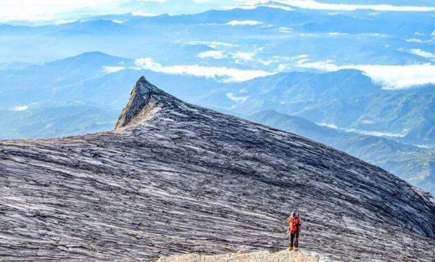 10 Senarai Gunung Tertinggi Di Malaysia Adalah Bagian Timur Barat Jejakpiknik Com