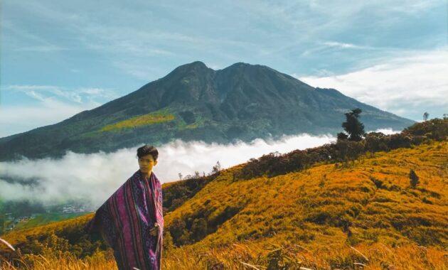 10 Daftar Nama Gunung Di Pulau Jawa Berapi Aktif Terindah Terbesar Bisa Didaki Jejakpiknik Com