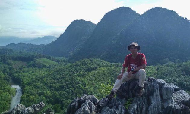 10 Daftar Gunung Tertinggi Di Pulau Kalimantan Daerah Selatan Timur Utara Barat Tengah Jejakpiknik Com